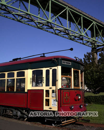 SM-388, Astoria Photografpix, trolley, oregon, riverwalk, tracks, bridge