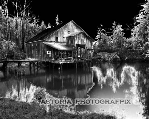 Astoria Photografpix, SMBW-118, brownsmead, boat station, slough, net shed